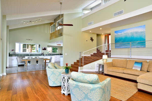 maui beach home living room